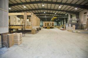 estruturas modulares em um canteiro de obras