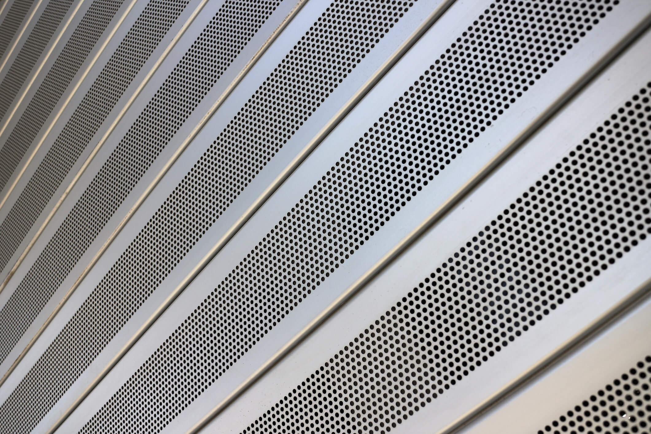 Conheça 5 principais vantagens da telha perfurada