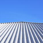 Descubra os fatores que influenciam no preço de telhas metálicas